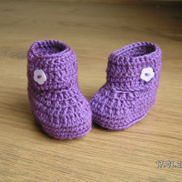 Baby booties wrap around ugg style, purple, 0-6 months.