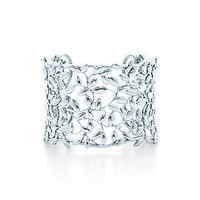 Tiffany & Co. -  Paloma Picasso® Olive Leaf cuff in sterling silver, medium.