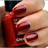 Chanel Le Vernis Nail Color Rouge Fatal 487: Beauty