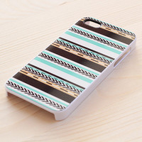 323. iPhone case - Tribal print - Mint