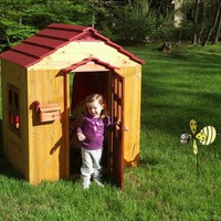 KidKraft Outdoor Playhouse | The Gadget Flow