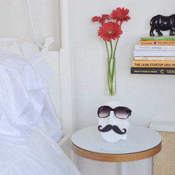 Moustache Eyeglasses Holder