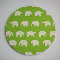 Round Mouse Pad / mousepad / Mat - Green lime elephants