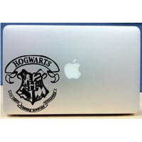 Harry Potter - Hogwarts Crest - Vinyl Macbook / Laptop Decal Sticker Graphic