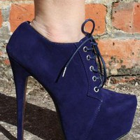 Navy Blue Lace Up Ankle Boots Platform Shoes Size 4 from Boutique 73