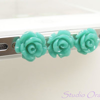 1PC Resin Triple Flowers Anti Dust Data Cable iPhone Cap Plug for iPhone 4,4s,4g, Cell Phone Charm