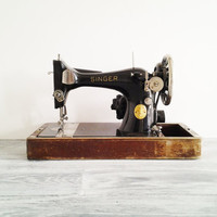 Vintage 1936 Black Singer Sewing Machine with Wood Case
