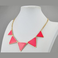 Triangle Necklace, Chunky Necklace, Bib Necklace, Statement Necklace (Fn0568)