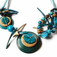 Turquoise Blue Wood Shell Bead Necklace  Mediterranean Fashion Summer Beach Boho Vintage