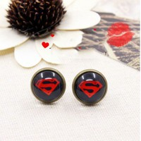 V375 New Handmade Bronze Metal clearly Superman Symbol Stud Earrins 0.59""