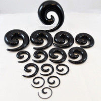 Pair of Black Acrylic Spiral Curved Tapers Hangers Expanders Gauges Stretchers