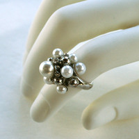 Fun Cluster Ring in Silver Tone with Faux Pearls and Rhinestones  Size 7