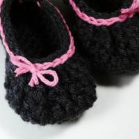 Bow baby booties gray and pink by bystephaniesmith on Etsy