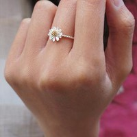 925 Silver Sun Flower Ring from theshirtgirl