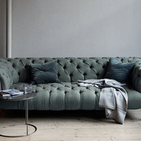 canvas  — Chesterfield Sofa