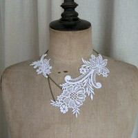 White lace necklace | StitchesFromTheHeart - Wedding on ArtFire