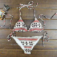 Pure and fresh and restore ancient ways bikini geometric patterns
