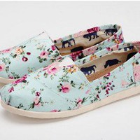 New joker leisure female rural wind set foot floral canvas shoes