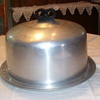 Regal Aluminum Black Bakelite Knob Tall Cake Carrier