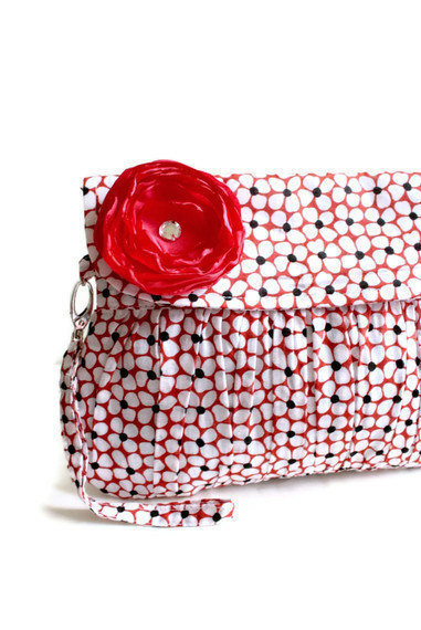 Clutch Purse in Red and Black Cherry Blossom with red by Oyeta