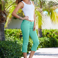 Seamless Rib Tank and Color Capri Denim