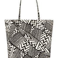 Black/white graphica shopper