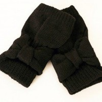 Daisy Bow Gloves at Nectar Clothing