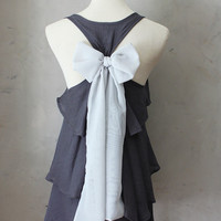 ASHEN AURA - Romantic gray flowy blouse // silver dove grey // chiffon sash bow // tunic // tank top // racerback  // charcoal