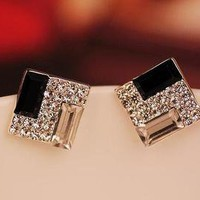 Nice White And Black Rhinestone Earrings