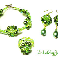 On Sale / Woven Green  Bracelet, Earings and Ring Set. Moroccan Design.