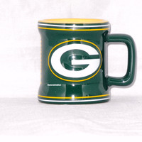 Green Bay Packers 2 oz Sculpted Mini Mug NFL