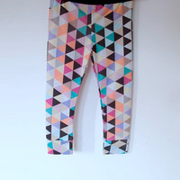 Geometric ECO friendly bamboo fiber leggings for KIDS.