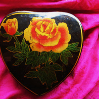 Amaizing Vintage BOX Black Lacquer W Roses and by oldmagicchest
