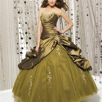 Sweetheart Natural Waist Embroidery Ball Gown Quinceanera Dress QD068