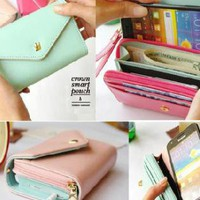 Cute Multifunctional Leather Crown Smart Pouch
