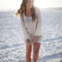 DejaVu — Lace Beach Cover-Up (white)