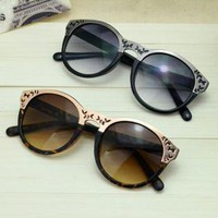 Cute Cat Eye Sunglasses with Cut Out Frame OII463