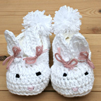 Luxury, Easter bunny, crochet baby booties, baby house slippers, white, bamboo, baby girl clothes, 3 -9m, 3 month girl clothes, babies gifts