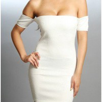 The White Evening Dress - 29 N Under