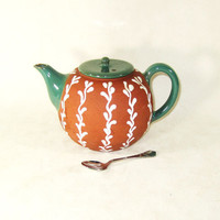 TEA POT Small RetroTraditional Clay Teapot - JOSKA (by Molbaek)