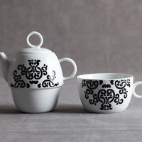Birdy City — Black and White Split Porcelain Tea Pot and Cup BC-047 - 47/A