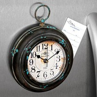 Magnetic Clock @ Fresh Finds