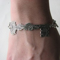 skeleton key bracelet silver by friendlygesture on Etsy