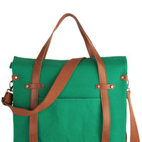Camp Director Tote in Grass