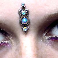 Air Fairy Bindi, iridescent, goddess, wicca, fae, magic, fantasy, elven, tribal fusion, bellydance, white glass, silver, pagan, facial jewel