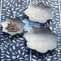 Embossed Lotus Dishes