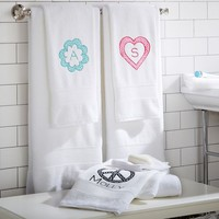 PBteen Classic Organic Mini Dot Appliqué Bath Towels