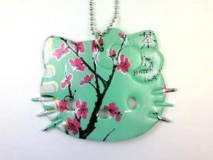 ARIZONA GREEN TEA HELLO KITTY NECKLACE Funky by FunkyRecycling