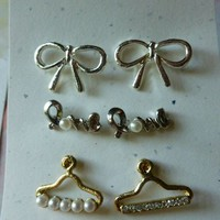Hangers, Bows, and Love Earrings Set