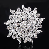 New Flower Shape Party Clear Rhinestone Brooch Pin White GP Crystal 4#